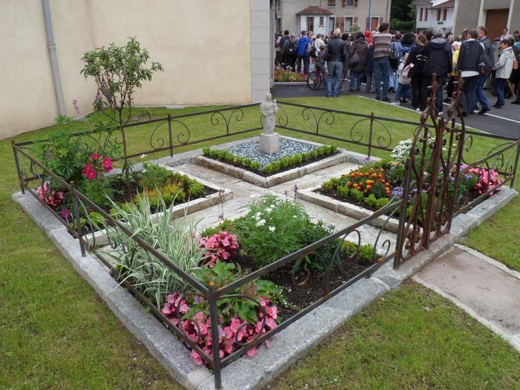 13 best Jardin de curé images on Pinterest | Decks, Vegetable garden ...