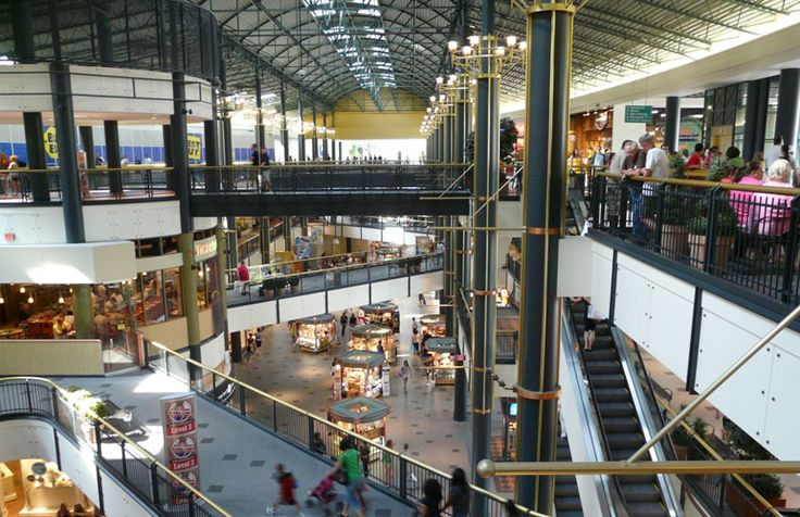 Mall of America became the largest shopping mall in total area and largest in total store vendors in the United States when it opened. The Mall of America's 42 million annual visitors equal roughly eight times the population of the state of Minnesota. As of , the mall employed over 11, workers year-round and 13, during peak seasons.