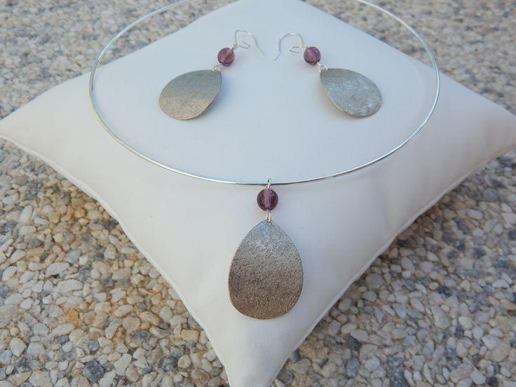 """Parure """"Goutte"""" argentée perles mauve pâle (boucles et collier assortis) : Parure par bijou-lie"""