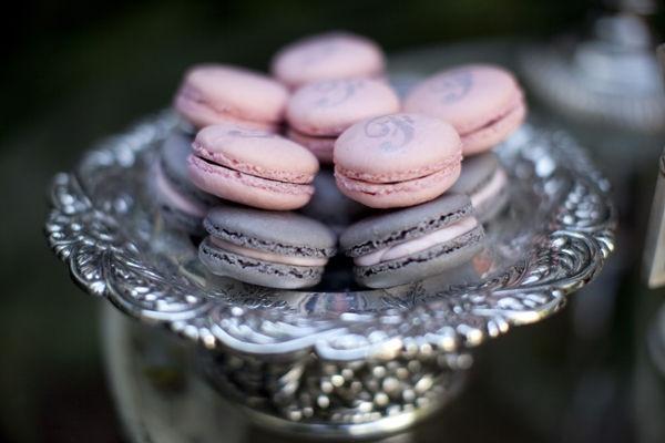 Icing Designs: Parisian wedding