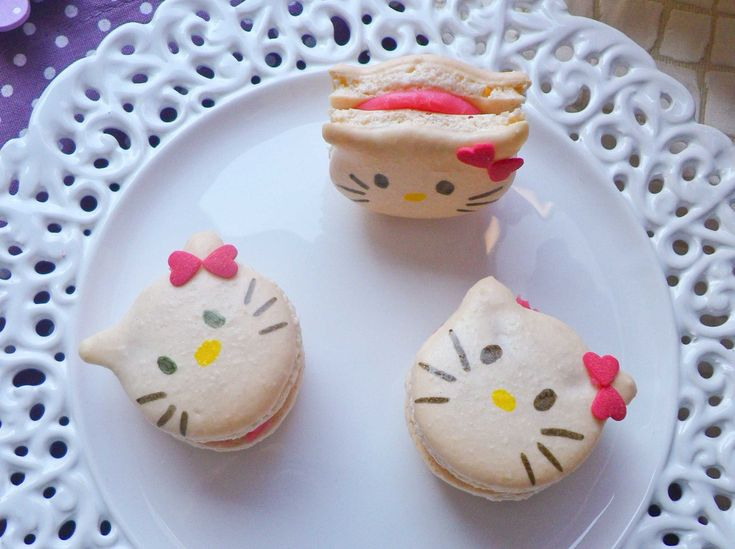 Macarons-Hello-Kitty