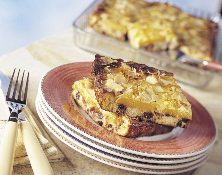 Ovenschoteltje gemaakt van krentenbrood: http://www.brood.net/recepten/zoet/ovenschoteltje-van-krentenbrood