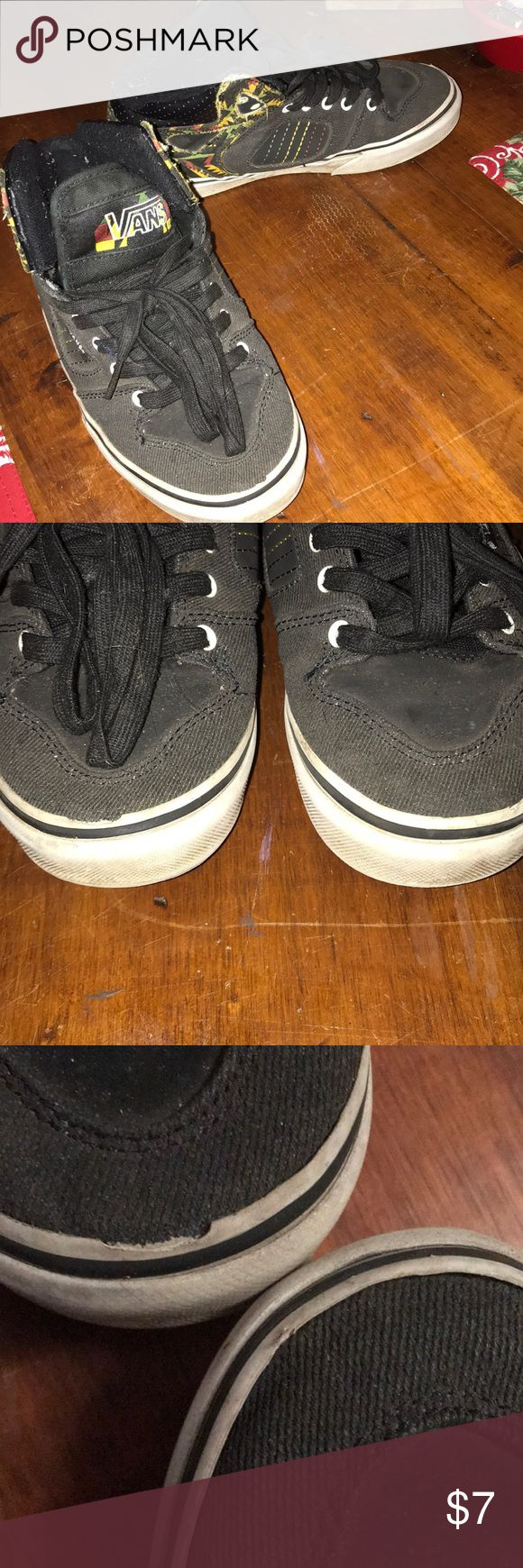 Vans Rasta Aztec hi top skate shoe Treads barely worn but dirty and vinyl torn at toes (see pix). Size 4 boys Vans Shoes