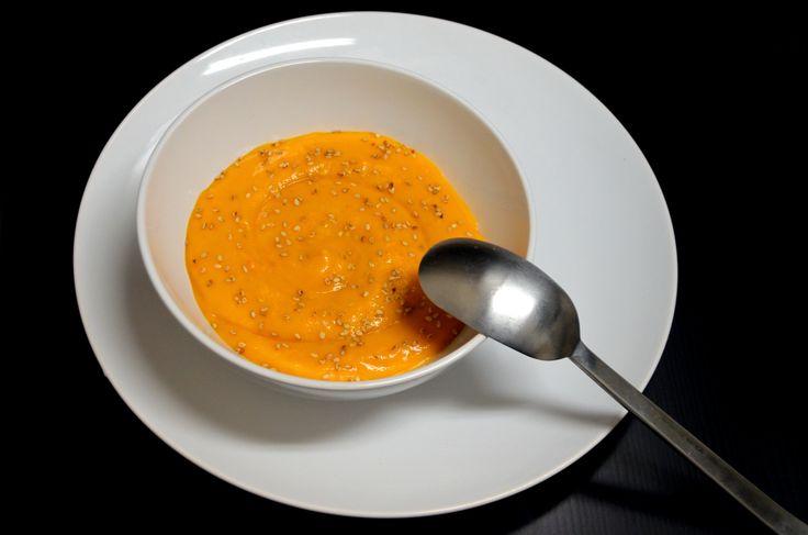 Нежный тыквенный крем-суп на кокосовых сливках. Рецепт с фото