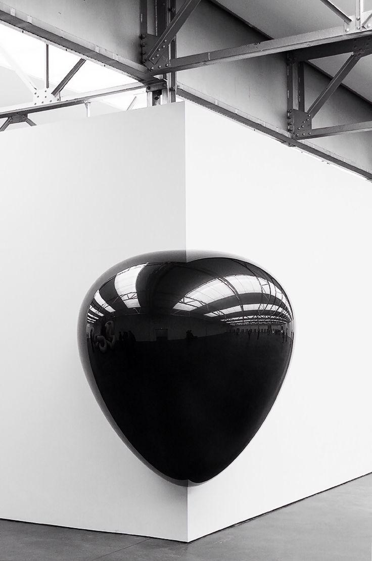 Escultura E Instalação... Anish Kapoor