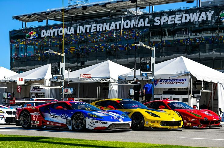 40 cars from four categories will take to the famous banked circuit at 12:15pm EST (5:15pm GMT) for the 2017 Daytona 24 Hours on Saturday, 28 January.  At the front of the field will be prototype racers that are equivalent toLe MansLMP2 cars, and behind them will be GT racers, with the GTLM class (pictured) the fastest of this bunch.