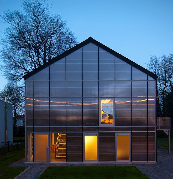 43 best modern greenhouse images on pinterest home for Greenhouse architecture design