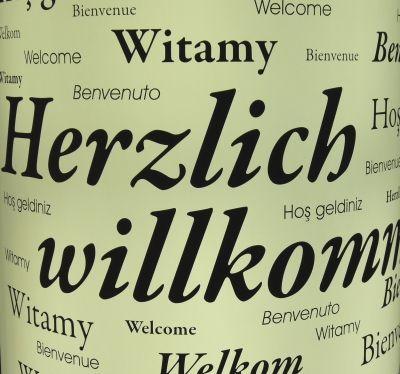 Der allererste Schritt ist ein Besuch meiner Seite - herzlich willkommen.  .            Übrigens Bildquelle: 419840 by Dieter_Schütz_pixelio.de...................  Hier finden Sie mich und meine Homepage: http://www.vfm-koeln.de/der-erste-schritt/