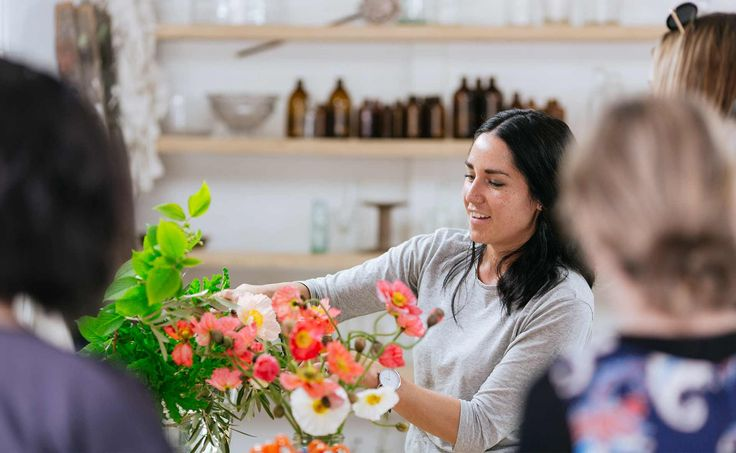 We deliver flowers in Pascoe Valeseven days a week by our local Pascoe Vale florist. Orders can be placed online. Please place order before 2 pm to get same day flowers in Pascoe Vale. We provide standard, express and vip flower delivery service to Pascoe Vale. Standard flower delivery in Pascoe Vale takes 0-4 hours …