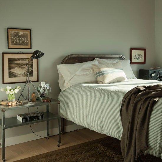 Vintage chic bedroom ticking bedspread grain sack for Modern vintage bedroom designs