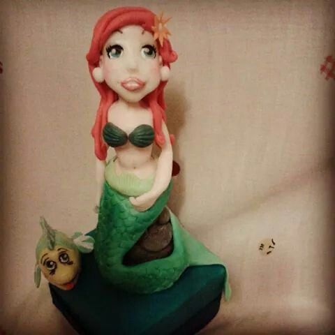Little marmaid cake topper with Flumber