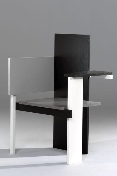 Berlin chair Design by Gerrit Rietveld, 1923