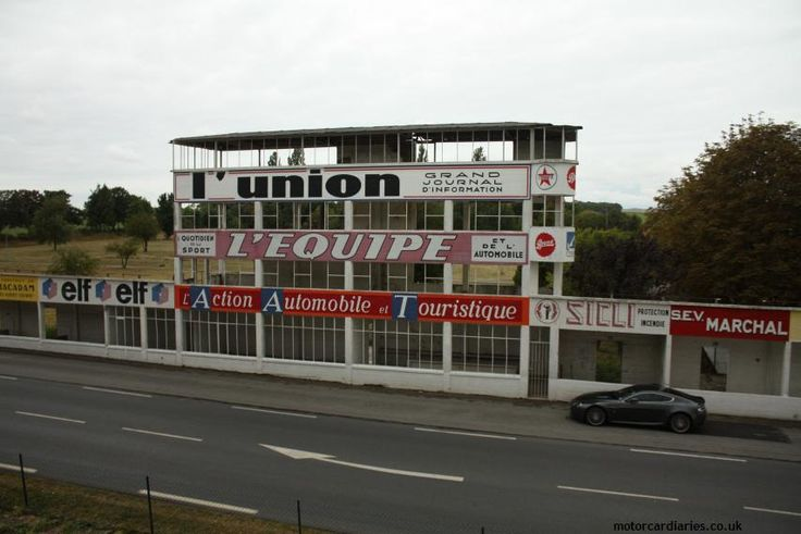 circuit de reims gueux abandoned and very atmospheric. Black Bedroom Furniture Sets. Home Design Ideas