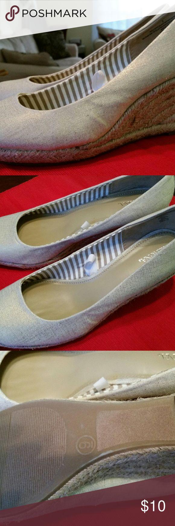 NWOT Merona Gold Espadrilles NWOT Never Been Worn Gold Espadrilles Size 9 Merona Shoes Espadrilles