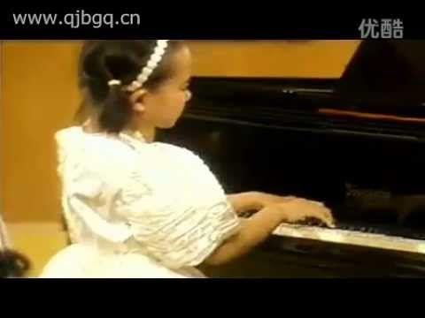 Yuja Wang - Chopin, Waltz in C sharp minor op.64 no.2