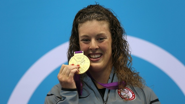 This Is The Deficit Allison Schmitt Just Erased To Win Gold For Team USA In The Women's 4x200 Free