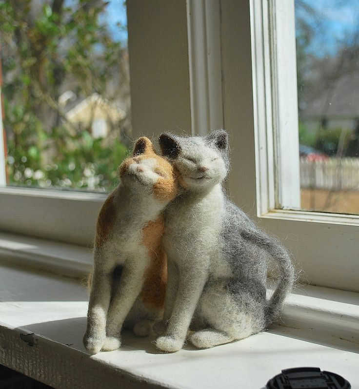 DIY on How to Felt a Kitten Needle felting tutorials