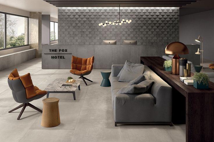 Een robuuste betonlook vloer, geschikt voor alle ruimtes. Ook prachtig door te leggen tegen de wand voor een strakke afwerking. In naturale en glans.(24). Tegelhuys.