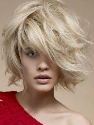 creative full-bodied medium haircut idea