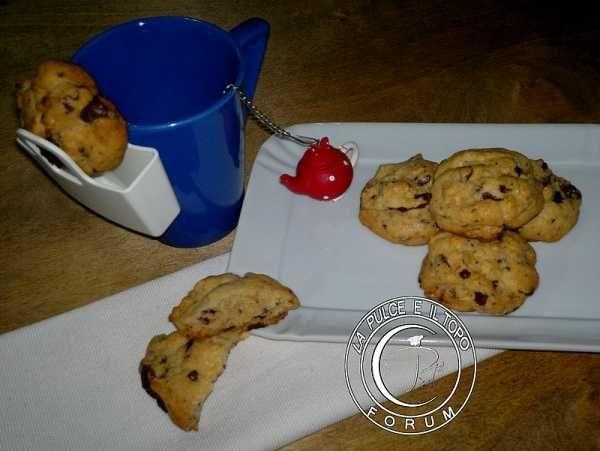 Cookies Americani Storia e ricetta http://www.lapulceeiltopo.it/forum/ricette-biscotti/2155-cookies-americani-storia-e-ricetta#2998