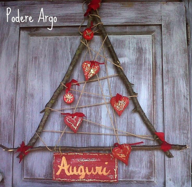 Albero di cuori fai da te #Christmas #tree #Natale #albero #diy #decoration #decorazioni