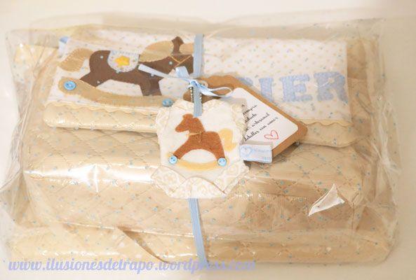 un regalo especial neceser y cambiador personalizado www.ilusionesdetrapo.wordpress.com
