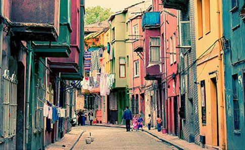 Joodse wijk Balat in Istanbul. That's were my mom grew up ;-)