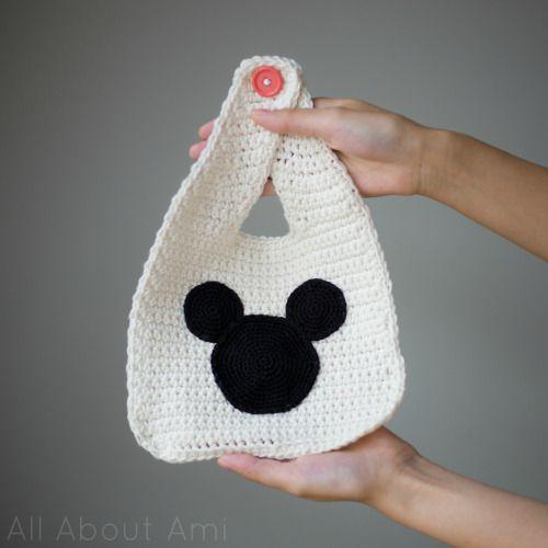 Mejores 11 imágenes de crochet bibs en Pinterest   Trapos de gasa ...
