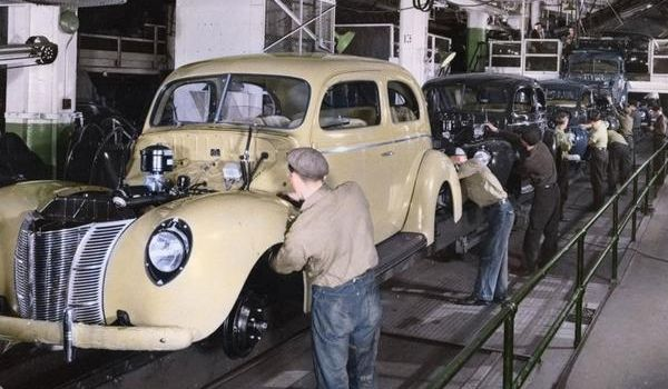 Motor World Car Factory >> Ford-Assembly-Line-Old-Photo.jpg (600×350) | Great ...