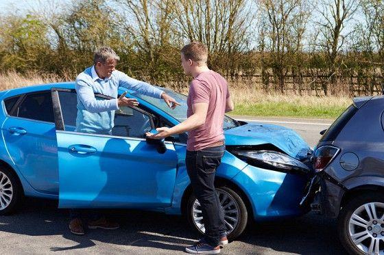 Автомобильный журнал онлайн на «Авторамблере» - 5 правил поведения при автоподставах