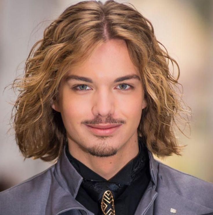 Schoner Frisuren Manner Mittellang Mit Locken And Blond Haare