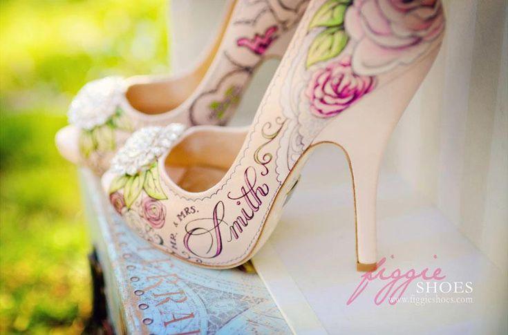 Unique hand-painted footwear by Figgie Shoes - Wedding shoesIdeas, Figgy Shoes, Design Shoes, Hands Painting Shoes, Wedding Shoes, Handpainted Shoes, Woman Shoes, Weddingshoes, Bridal Shoes