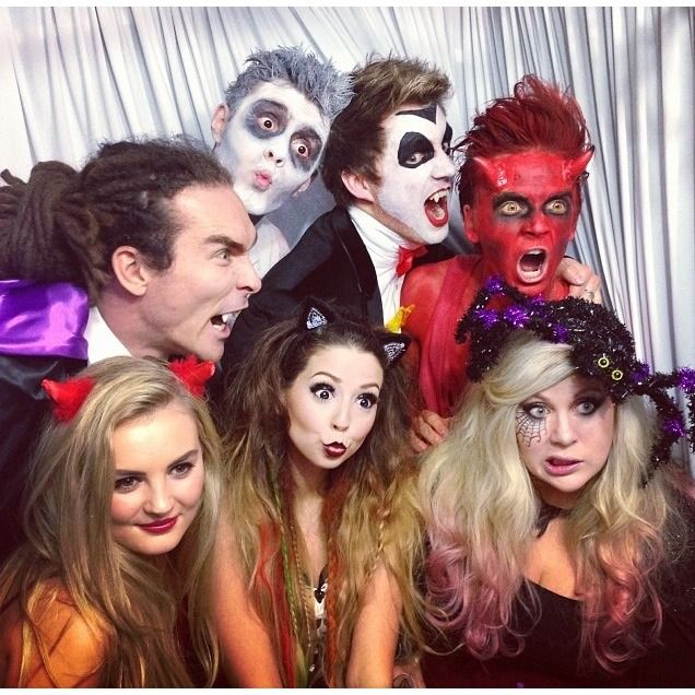 Louis, Alfie, Marcus, Joe, Zoe , Louise and Naomi  at the Youtubers Halloween party :)