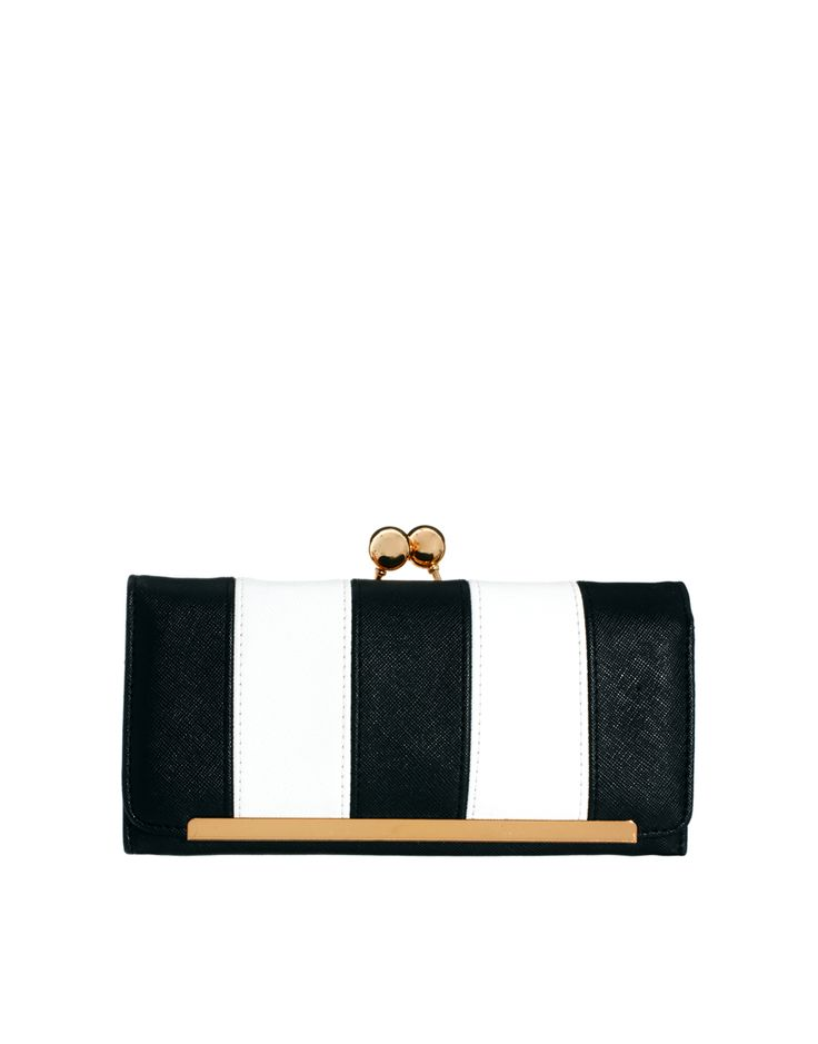 Frame and ball purse, in stripe.