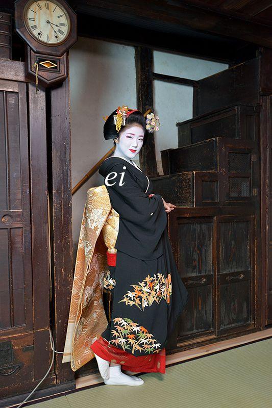 舞妓勝奈 箱階段 : ちょっとそこまで