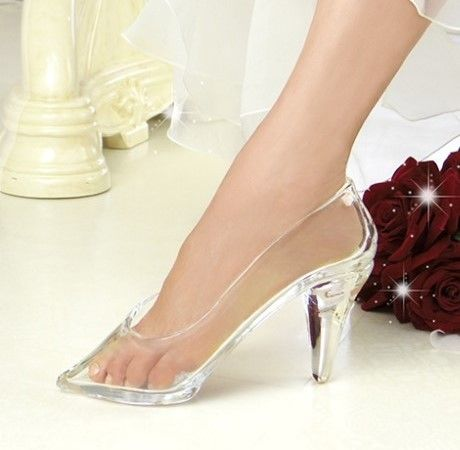 本当に履ける!ガラスの靴
