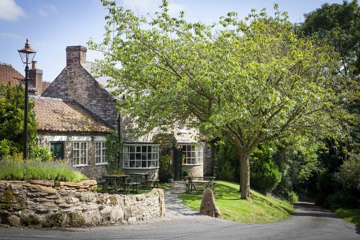 Why a Pub in the Middle of Nowhere Was Named the World's Best Restaurant - the black swan in the U.K.