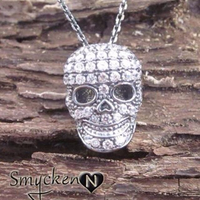 Dödskalle halsband i sterling silver