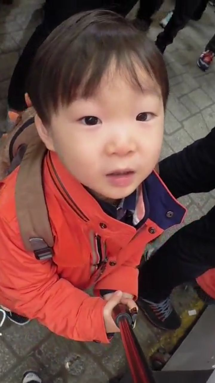 Perfect selfie shot of Daehan | The Return of Superman