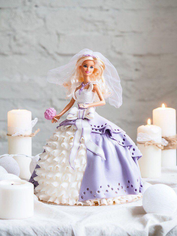 Торт Барби. Яркая кукла торт.Платье в популярном стиле гофрированный торт из сахарной пасты .Нежнейшая начинка сметанникю