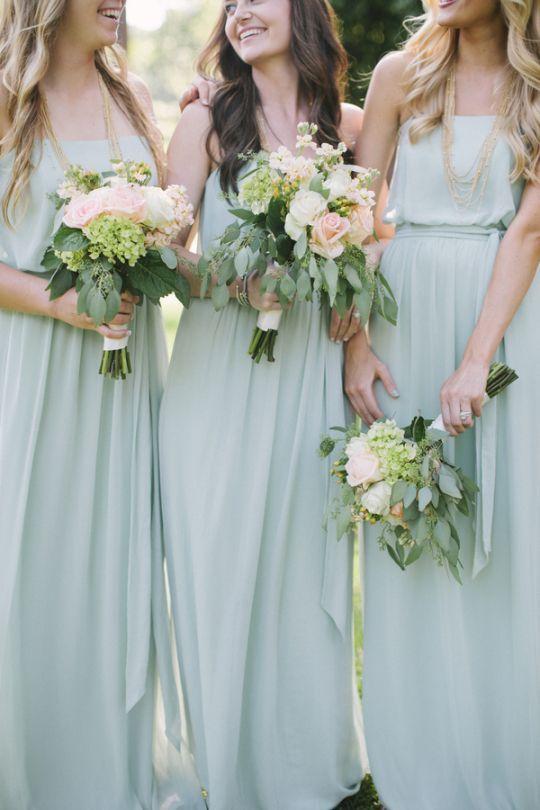Bridesmaid dress idea; Featured photographer: Leslie Hollingsworth Photography