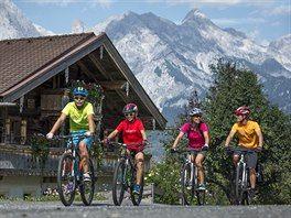 Cyklostezky v Rakousku potěší celé rodiny, snímek je z Tauernské cyklostezky.