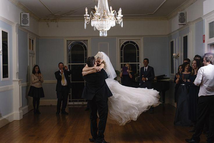Gabbinbar Homestead Toowoomba. Dance the night away.  Photo : Brisbane wedding photographer, Deb Boots Love Stories www.debboots.com.au