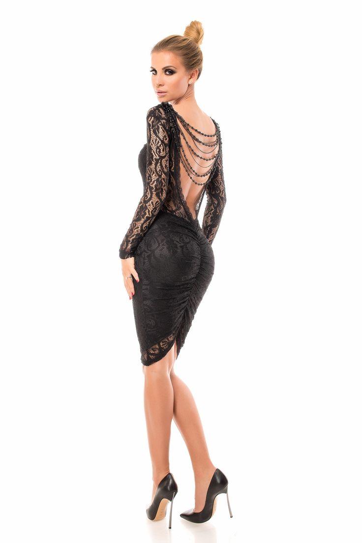 Sukienka-koronkowa-czarna-elegancka-6-MOHHO.jpg