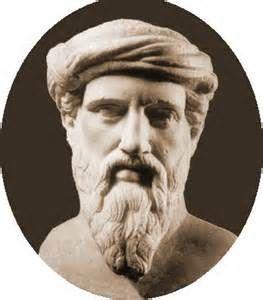 Pitágoras de Samos fue un filósofo y matemático griego considerado el primer matemático puro. Contribuyó de manera significativa en el avance de la matemática helénica, la geometría y la aritmética, derivadas particularmente de las relaciones numéricas, y aplicadas por ejemplo a la teoría de pesos y medidas, a la teoría de la música o a la astronomía.Se interesaba también en medicina, cosmología, filosofía, ética y política, entre