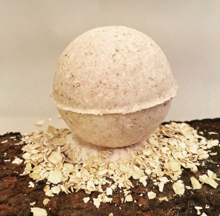 If you are suffering from dry, itchy skin this is the bath bomb for you. The oatmeal and milk sooth your dry skin and the coconut oil and almond oil moisturize, leaving you with soft and hydrated skin. 1- 5oz. Bath Bomb Choose unscented or chose from several different essential oils to add an ev