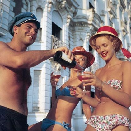 Slim Aarons: Champagne, Cannes, Christmas Gifts Ideas, Good Life, Vintage Summer, Jets Sets, Slim Aaron, Lifestyle Photography, Enjoying Life