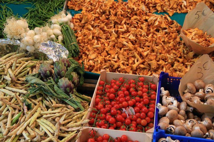 Fresh produce Rue Montorgueil