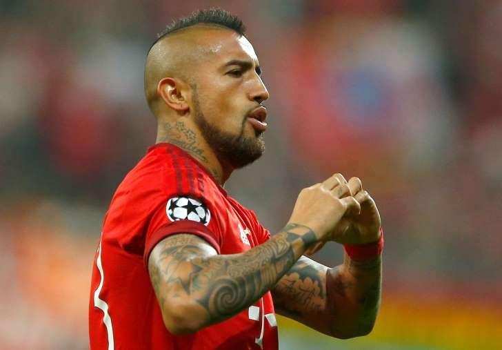 Arturo Vidal pone al Bayern en ventaja