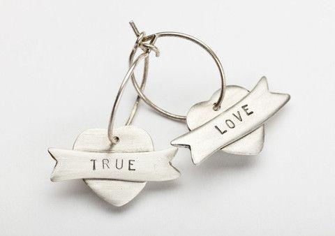 True/love Earrings
